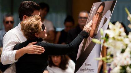 Los familiares de Ronquillo se lamentan por la muerte del joven (Foto: Galo Cañas/ Cuartoscuro)