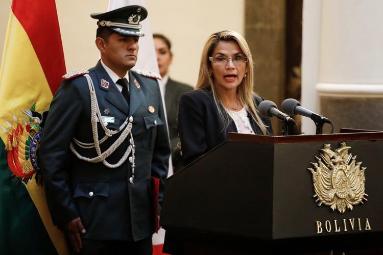 Jeanine Áñez, presidente interina de Chile. (REUTERS/Marco Bello)