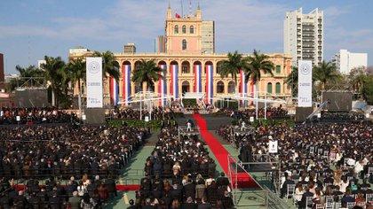 La ceremonia se celebró con la presencia de líderes latinoamericanos y representantes de distintos países del mundo (EFE)