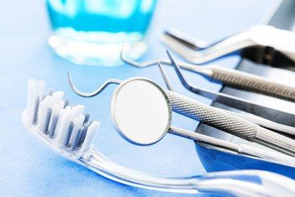 Doble rol. El odontólogo especializado en medicina del sueño desde su aporte multidisciplinar, podrá detectar a tiempo un SAOS a partir de formular preguntas estratégicas. Y en su rol de ortodoncista diseñará el dispositivo mandibular a medida para el tratamiento.