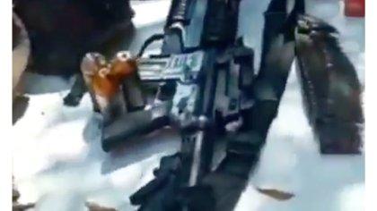 Presuntos sicarios de Cárteles Unidos presumieron su armamento (Foto: Captura de pantalla)