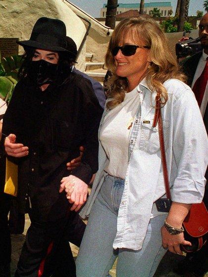 Michael Jackson y Deborah Rowe (Foto: AP)