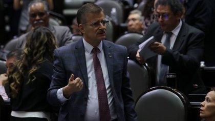 A pesar de dejar abiertas las puertas a su análisis, el coordinador de MC en la Cámara de Diputados criticó la iniciativa de fusionar a los reguladores (Foto: Graciela López/ Cuartoscuro)
