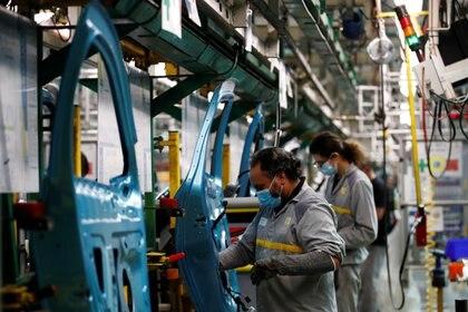 La fábrica de Renault en Córdoba vuelve a trabajar y se prepara para fabricar una pick-up