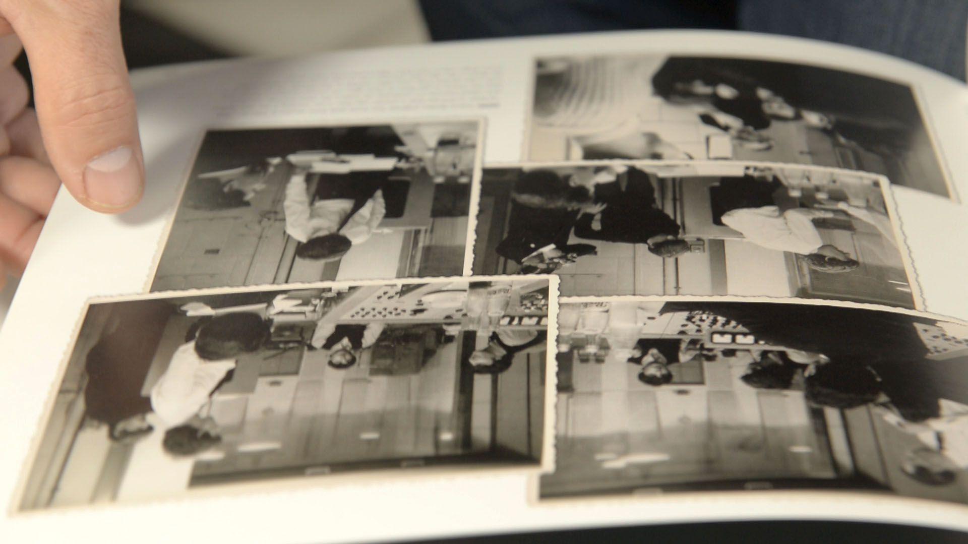 """Una de las páginas del libro """"Recording The Beatles"""" (grabando a Los Beatles) en poder de Juanchi Baleiron"""