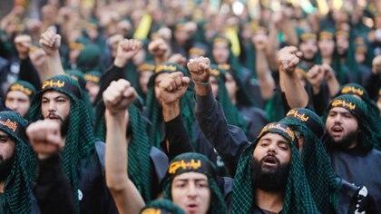 Milicianos de Hezbollah en el Líbano (AP)