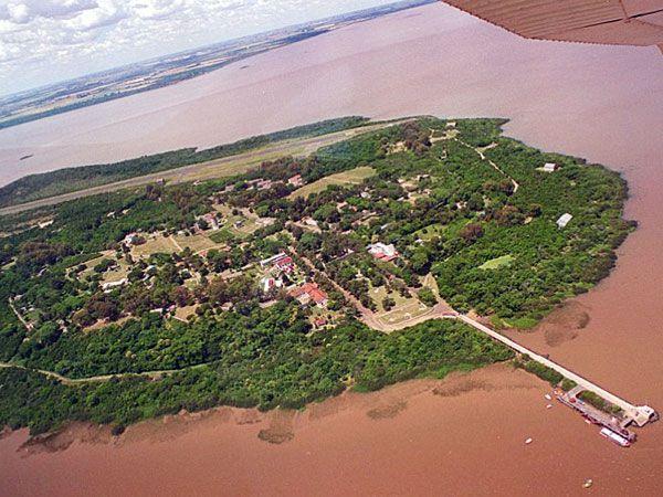 La isla Martín García hoy, desde el aire