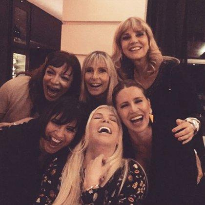 Lizy, Virginia Elizalde, Teté, Vernaci, Susana y Florencia