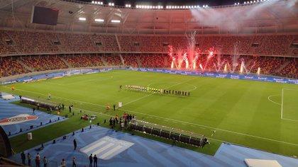 Buena postal durante la previa a la final en el estadio Madre de Ciudades (Foto Baires)