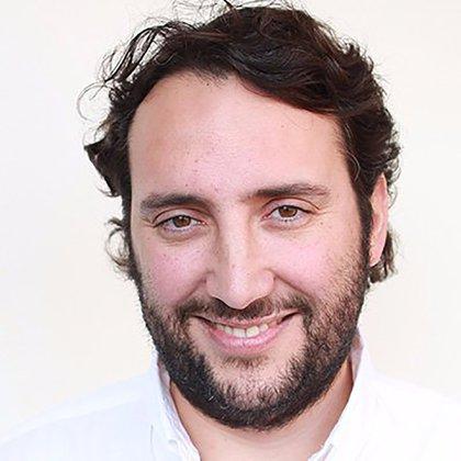 Sebastián Valenzuela, profesor de la Pontificia Universidad Católica de Chile