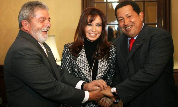 Cristina Kirchner junto a Lula Da Silva y Hugo Chávez