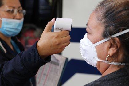 El boletín diario del Ministerio de Salud señaló que la mayor cantidad de casos nuevos fue confirmada en Bogotá, que tuvo 1.303, seguida de los departamentos de Valle del Cauca (556), Antioquia (417), Meta (284), Cundinamarca (217) y Córdoba (200). EFE / Carlos Ortega /Archivo