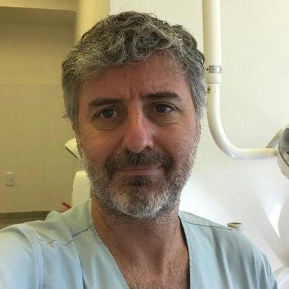 El cirujano maxilofacial infantil Daniel Casim
