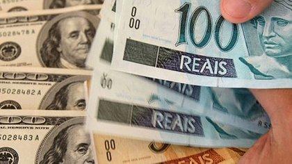 El dólar en Brasil llegó a cotizarse a 3,915 reales