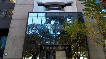 En la Fundación Libertad consideran que hay en la evolución de las distintas fases de la cuarentena una clara dificultad para gestionar y administrar el funcionamiento de ciertas actividades