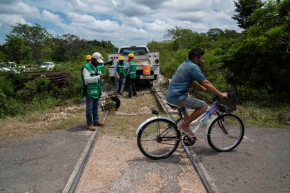 El ferrocarril, que se prevé entre en operación en 2024, tendrá una inversión total estimada de 139,000 millones de pesos (Foto: Cuauhtémoc Moreno/EFE)