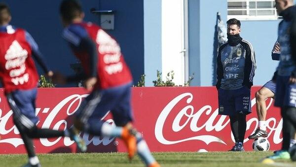 Lionel Messi se sumó al grupo de futbolistas argentinos que se entrenan de cara al Mundial de Rusia 2018 (Todas las fotos de Nicolás Aboaf)