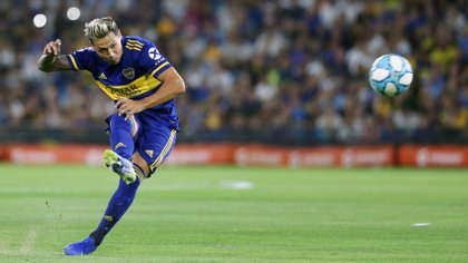Zárate declaró que quiere retirarse en Boca: firmaría por 18 meses y en marzo cumplirá 34 años (Fotobaires)