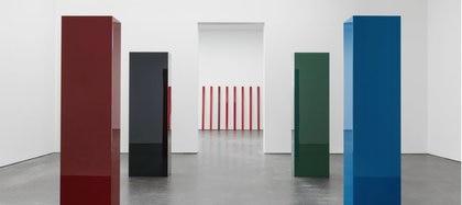 Las obras de McCraken se destacan por su intenso color. Foto: David Zwirner