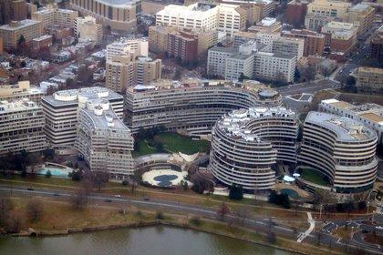 El complejo Watergate: en el hemiciclo de la derecha, las oficinas, estaba la central demócrata.