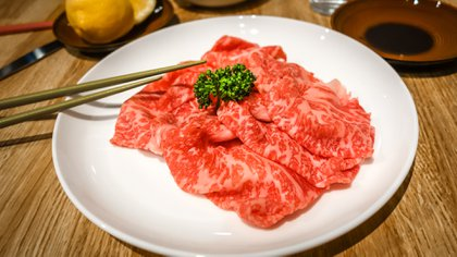 Wagyu es como le llaman en Japón a la carne proveniente de las razas vacunas autóctonas del país nipón (Getty)