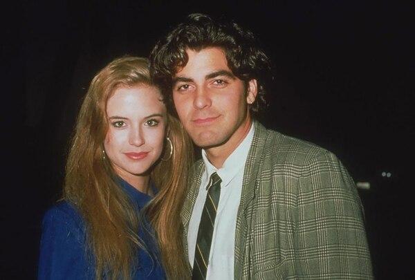 Junto a Kelly Preston, quien luego se casó con John Travolta