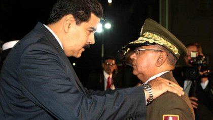 Nicolás Maduro y Néstor Reverol
