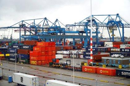 El comercio mundial se proyecta más activo que el año anterior (EFE)