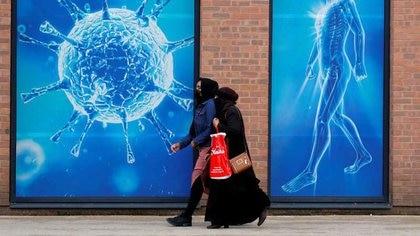 Sindemia, falta de liderazgo político, nuevas narrativas y el foco en los asintomáticos: cuatro ejes fundamentales para pensar la pandemia en la región