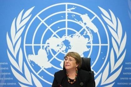 La Alta Comisionada de las Naciones Unidas para los Derechos Humanos, Michelle Bachelet, asiste a una conferencia de prensa en la sede europea de Naciones Unidas en Ginebra, Suiza. 9 de diciembre, 2020. REUTERS/Denis Balibouse