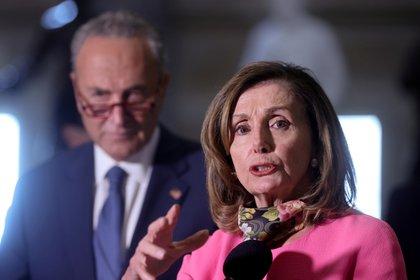 Los demócratas Nancy Pelosi y Chuck Schumer (Reuters)