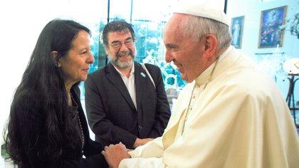 Ana María visitó al Papa Francisco, amigo de su madre Esther