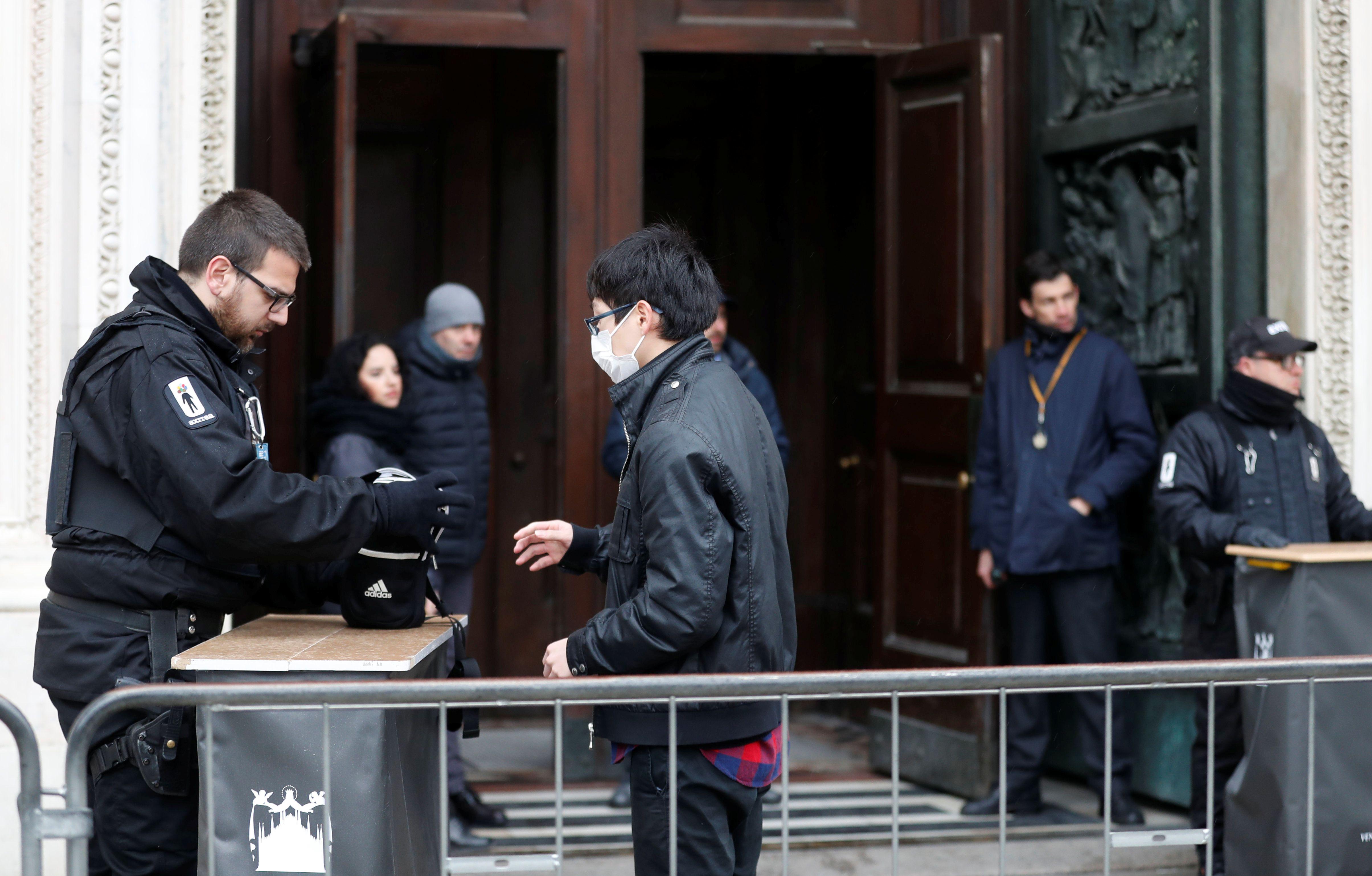 La reapertura de la famosa catedral en Milán (Reuters)