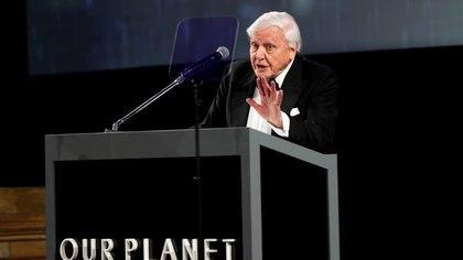 """El naturalista británico David Attenborough pronuncia un discurso durante el estreno mundial de """"Nuestro planeta"""" de Netflix en el Museo de Historia Natural de Londres, Gran Bretaña, el 4 de abril de 2019. (REUTERS / John Sibley)"""