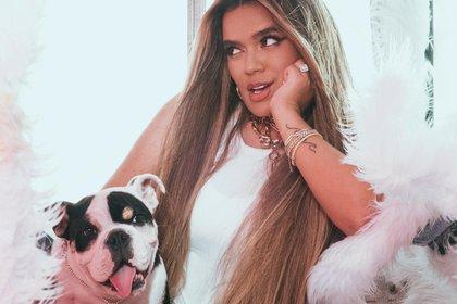 Fotografía cedida por Universal Music Latin Entertainment que muestra a la cantante colombiana Karol G. EFE/Universal Music Latin Entertainment