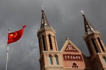 El régimen chino ha apuntado contra las minorías católicas y musulmanas (Reuters)
