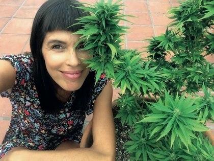 """Según Valentina Bassi –que reveló su relación con el uso medicinal de la marihuana con una foto en Instagram– """"las trabas para que esta iniciativa prospere las ponen las industrias farmacológicas, porque a las plantas no las pueden patentar y no es negocio para ellos""""."""