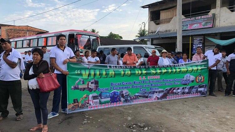 Los residentes del pueblo esperaban la llegada del presidente. (Crédito: Paula Muñoz Encinas)