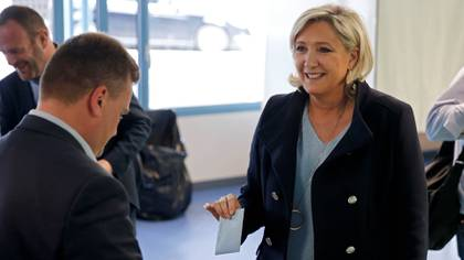 Así votó Marine Le Pen (REUTERS/Pascal Rossignol)