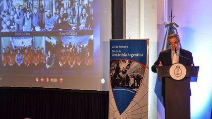 El canciller Felipe Solá adelantó que enviarán al Congreso un proyectpo de ley para avalar la delimitación de la plataforma continental que fijó la ONU para la Argentina