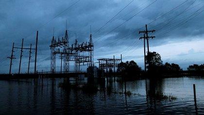 Las inundaciones afectaron una estación eléctrica en Iowa, Louisiana (Reuters)