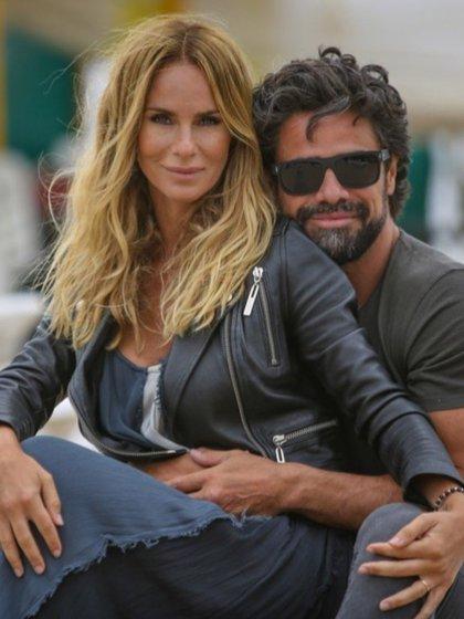 Sabrina Rojas y Luciano Castro