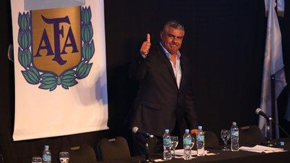 Tapia dio su opinión sobre diferentes temas (Nicolás Aboaf)