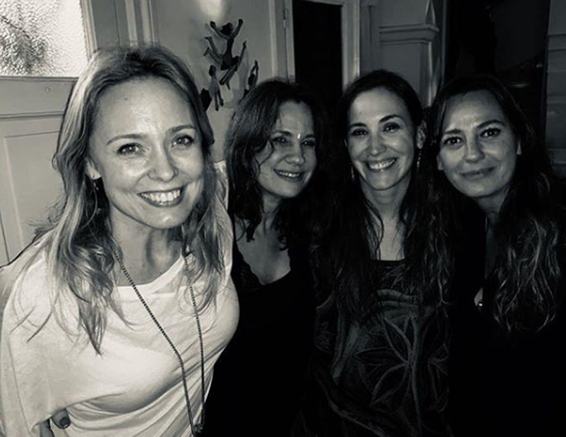 Betina O'Connell con sus ex compañeras de Montaña Rusa, Nancy Dupláa, Malena Solda y Claudia de la Calle (Instagram)