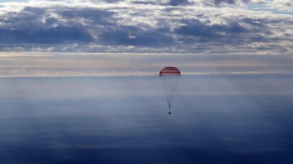El descenso de una cápsula Soyuz (AFP)