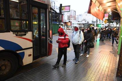 Las autoridades esperan una reducción de pasajeros para los siguientes días