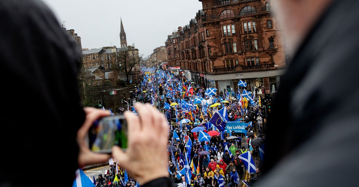 Sturgeon Seeks Legal Independence Vote as Party Sets Out Plan