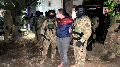 Acosta, luego de ser detenido por efectivos del Grupo Halcón