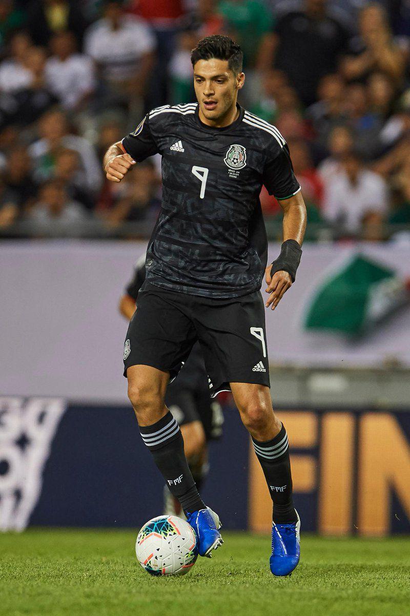 Jiménez ha tenido varias chances para poner a México en ventaja, pero ha desperdiciado todas (Foto: Twitter @goldcup)