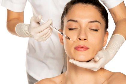 Muchos centros especializados en cirugías estéticas no cumplen con los requisitos para su aprobación y funcionamiento